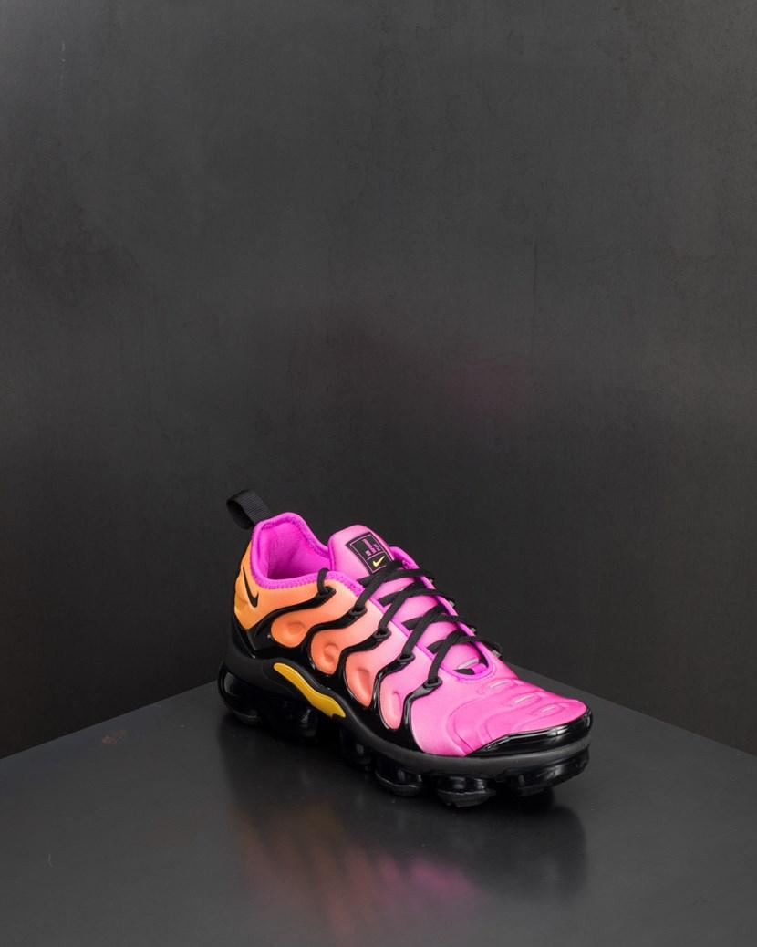 5290301e2c0 W Air Vapormax Plus by Nike