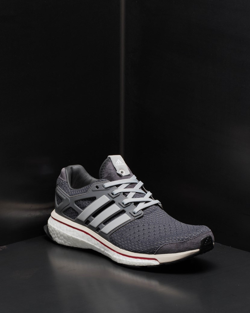 best sneakers 81ce9 0e01b Energy Boost . YME Universe