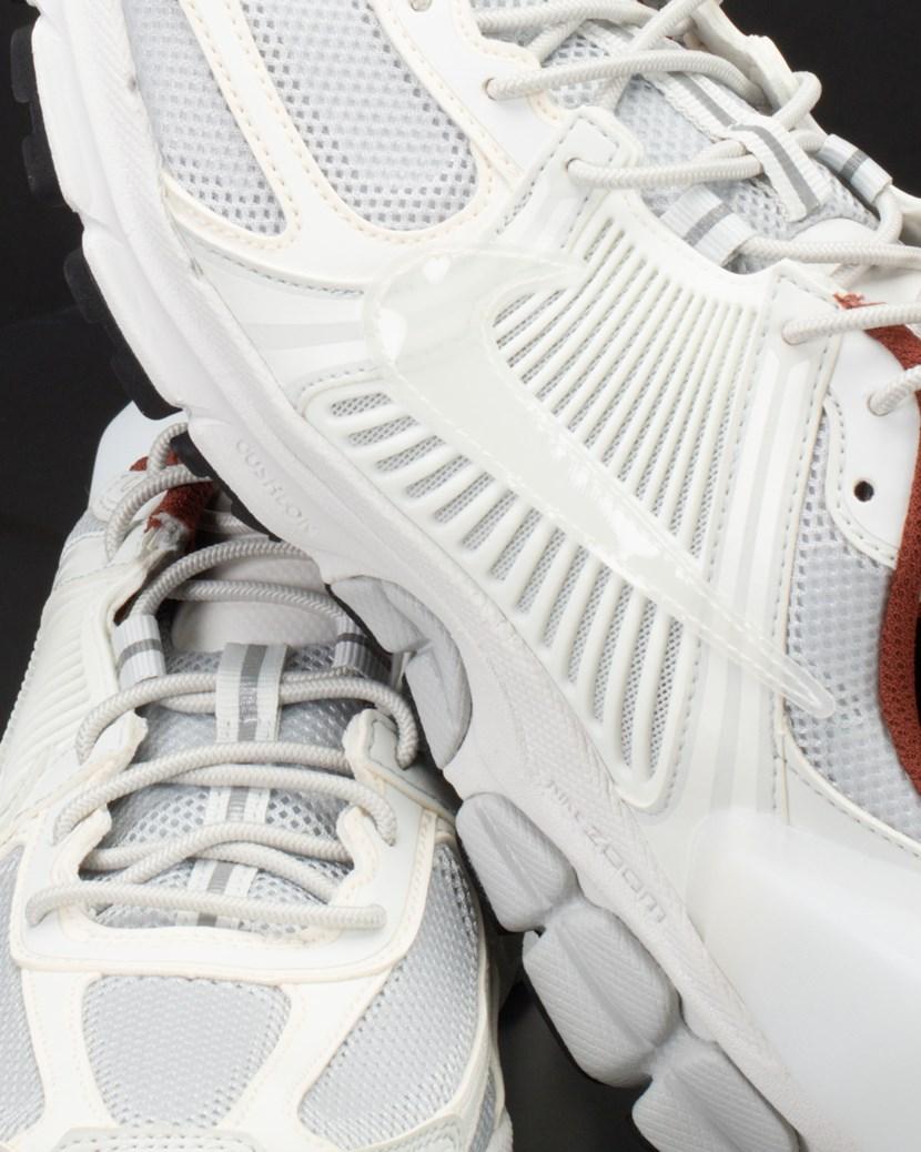lowest price 99cdb d96bd Nike Zoom Vomero 5  ACW